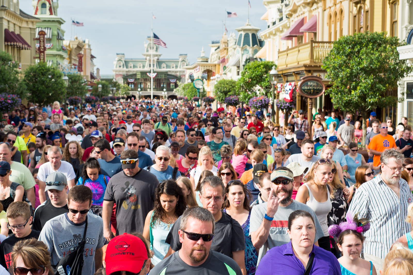 Magic Kingdom Crowds - Walt Disney World